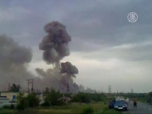 Взрывы на полигоне с боеприпасами утихли утром