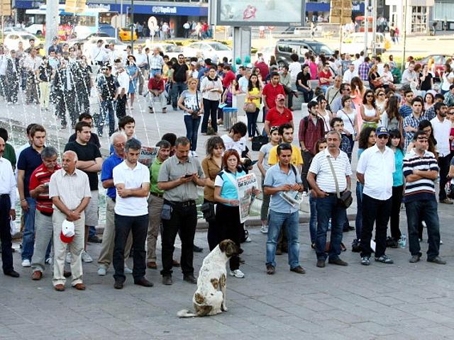 Протесты в Турции стали тихими