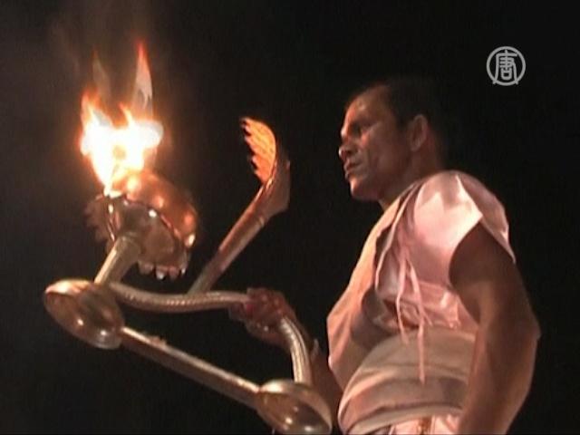 Индуисты празднуют: Ганга сошла с небес на землю