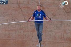Ник Валленда: леденящий кровь проход над каньоном