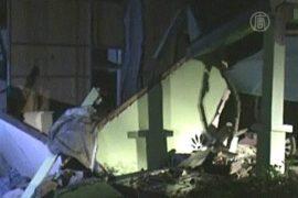 Число жертв землетрясения в Индонезии растёт