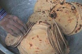 Число жертв школьного обеда в Индии растёт
