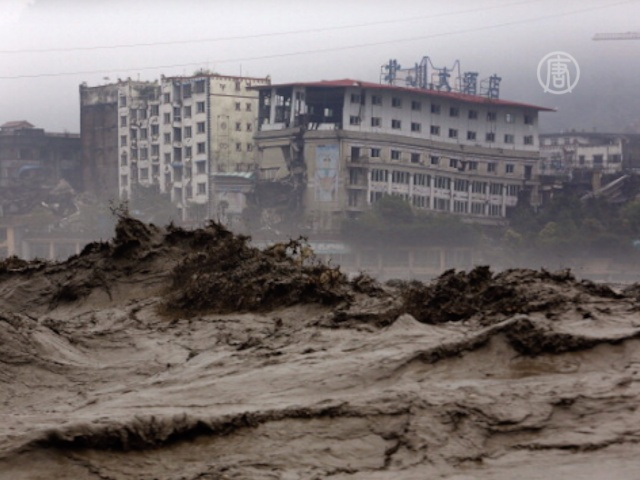 В Китае не прекращаются наводнения и оползни