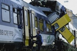 В Швейцарии лоб в лоб столкнулись поезда