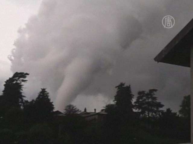 12 человек пострадали от Торнадо в Италии