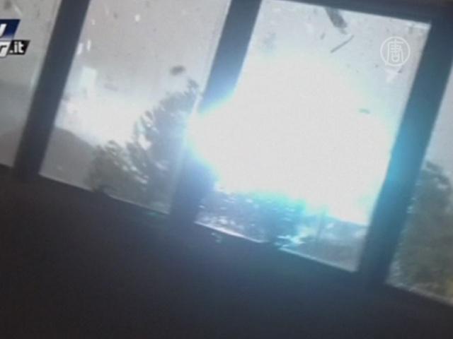 Торнадо за окном: видео от очевидцев