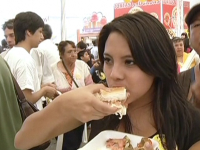 Мега-бутерброд «вытеснит» импортные гамбургеры