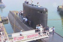 Индия: экипаж затонувшей подлодки пока не нашли