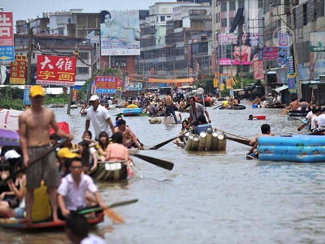 Худшее наводнение в Китае за последние 60 лет