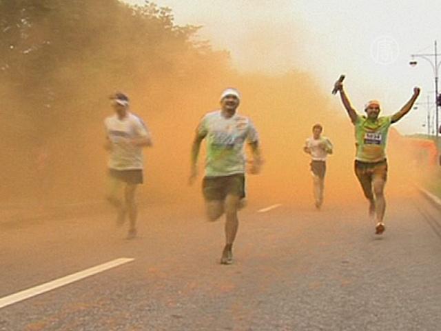 Забег в Москве: 5 километров позитива и красок