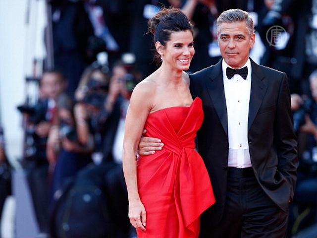 Клуни и Буллок открыли Венецианский фестиваль