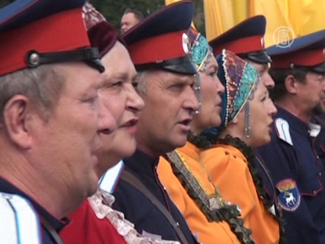 В Новочеркасске одновременно спел 3681 казак
