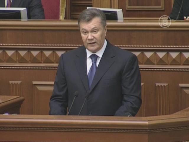 Янукович призвал принять евроинтеграционные законы