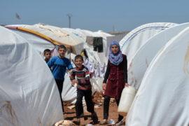 Сирийских беженцев уже 2 миллиона