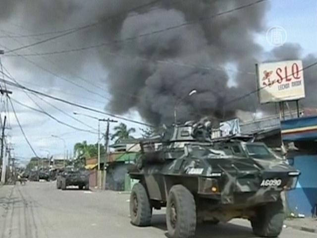 Исламисты Филиппин захватили в заложники город