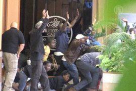 Кения: террористы продолжают удерживать заложников