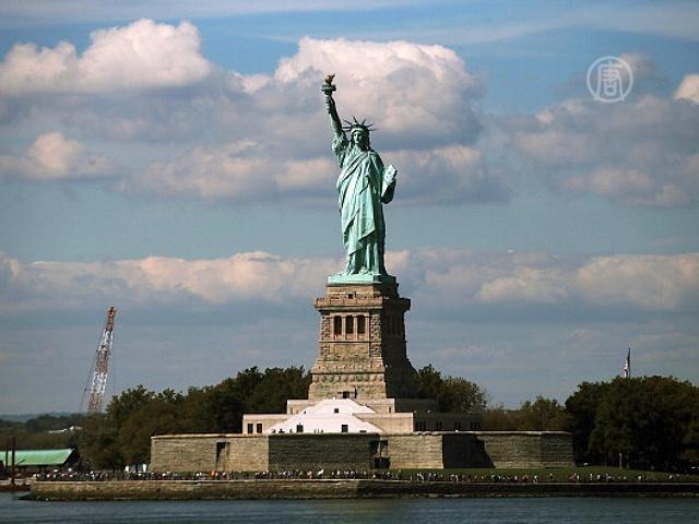 Статуя Свободы закрыта из-за кризиса правительства