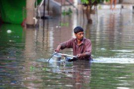 Наводнение оставило без крова 10 000 индийцев