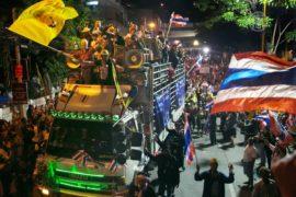 Протесты в Таиланде туристов не смутили