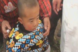2-летнего ребёнка достали из 10-метрового колодца