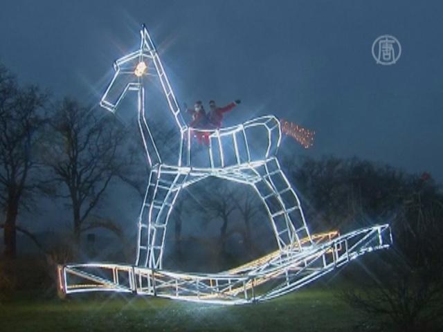Гигантская лошадь-качалка появилась в Германии