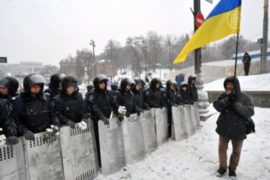 Центр Киева зачистили от баррикад