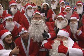Москва: Санты просят подарки для больных детей