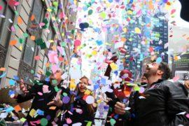 Над Нью-Йорком опять разбросали конфетти