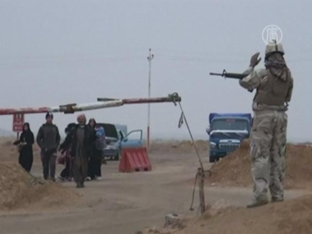 Ирак: люди бегут от бомбежки и «Аль-Каиды»