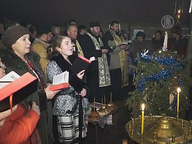 Евромайдан отметил Рождество богослужением