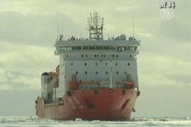«Сюэлун» и «Академик Шокальский» вышли изо льда