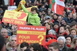Парижане маршируют против абортов