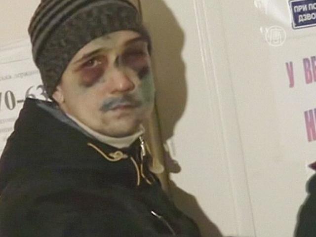 Киев: раненых активистов лечат в полевых клиниках