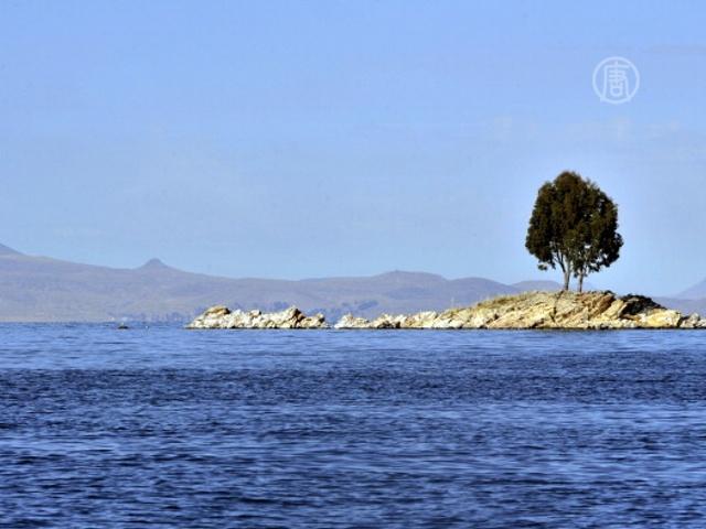 Озеро Титикака дарит вдохновение живописцам