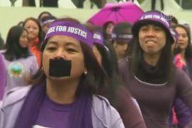 Горничные в Гонконге станцевали против насилия