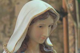 В Израиле появилась плачущая статуя Девы Марии