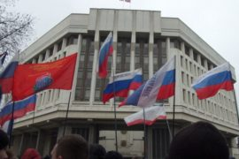 Крымский парламент проголосовал за референдум