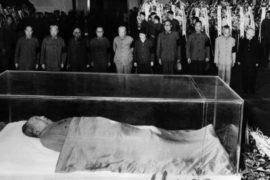 Останки Мао Цзэдуна призывают кремировать