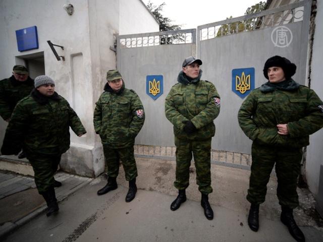 В Крыму захватили военную базу и госпиталь