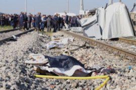 Турция: поезд протаранил маршрутку