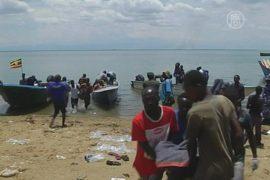 Число жертв крушения судна в Африке возросло