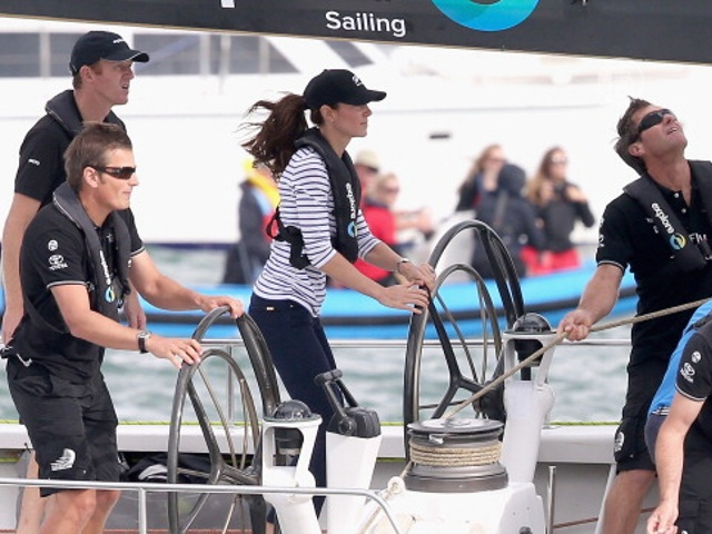 Уильям и Кейт посоревновались на яхте: кто первый?