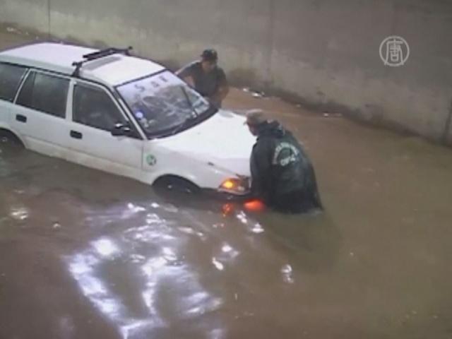 Боливия: город тонет из-за забитых водостоков