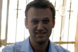 Навальному снова грозит тюрьма