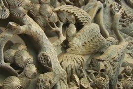 Китайский умелец делает уникальные горельефы
