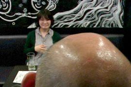 В пабе Токио за лысину — скидки