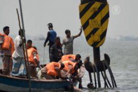 Речной паром с пассажирами затонул в Бангладеш