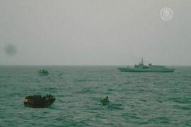 У берегов Италии спасли более 100 детей нелегалов
