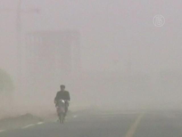 Во Внутренней Монголии свирепствует песчаная буря