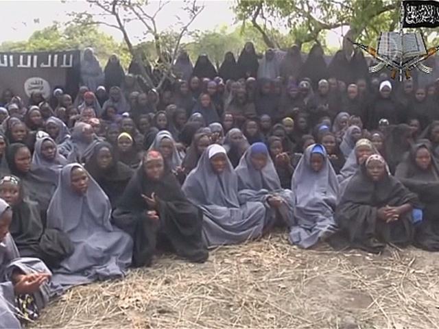 Нигерийских школьниц нашли, но пока не спасают